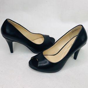 andrew geller TAGALOG black heel women's size:6.5M